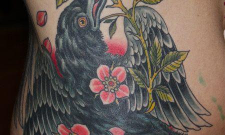 raben-tattoo-bunt