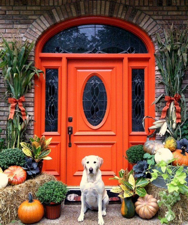 stilvolle Herbstdeko für den Hauseingang selber machen
