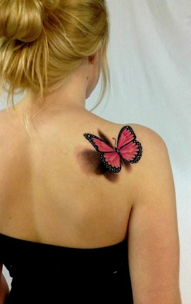 Tattoo Schulter 3D Schmetterling