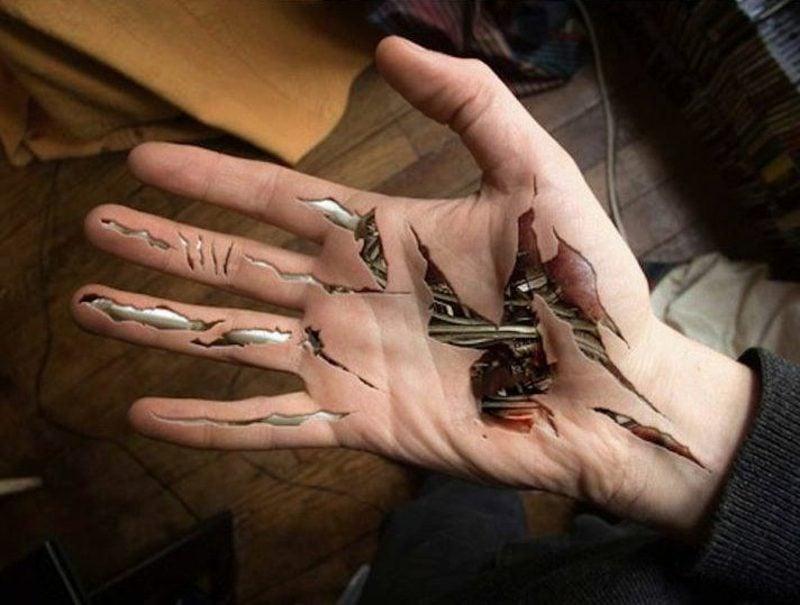 Tattoos Frau 3D Biomechanik