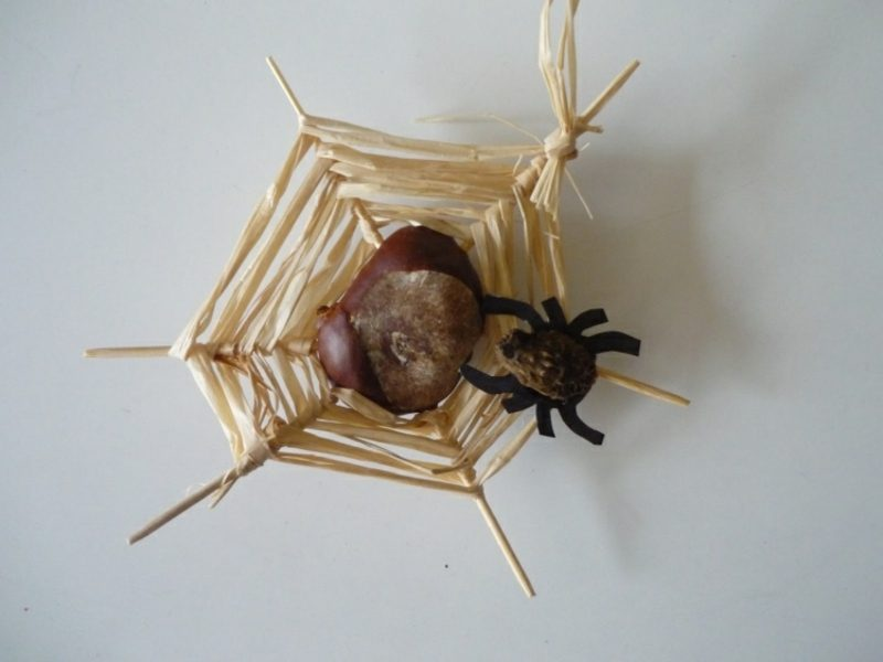 Basteln mit Eicheln und Kastanien DIY