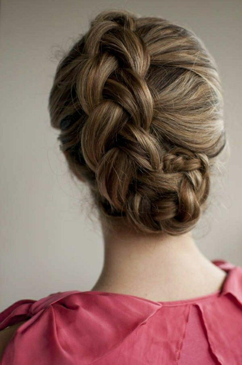 Frisuren mittellanges Haar hochgesteckt geflochten