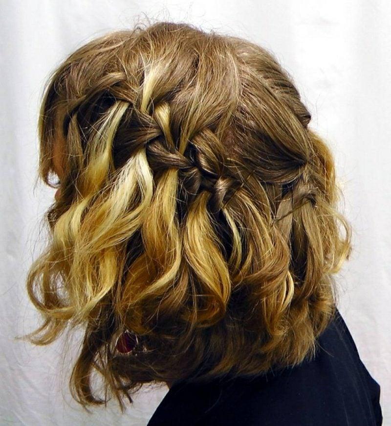 halboffene Frisuren Wasserfallzopf mittellange Haare