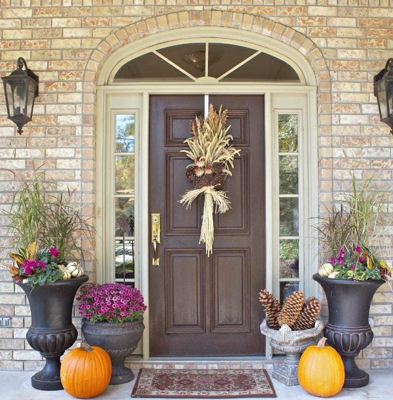 Herbstdeko modern Eingangsbereich