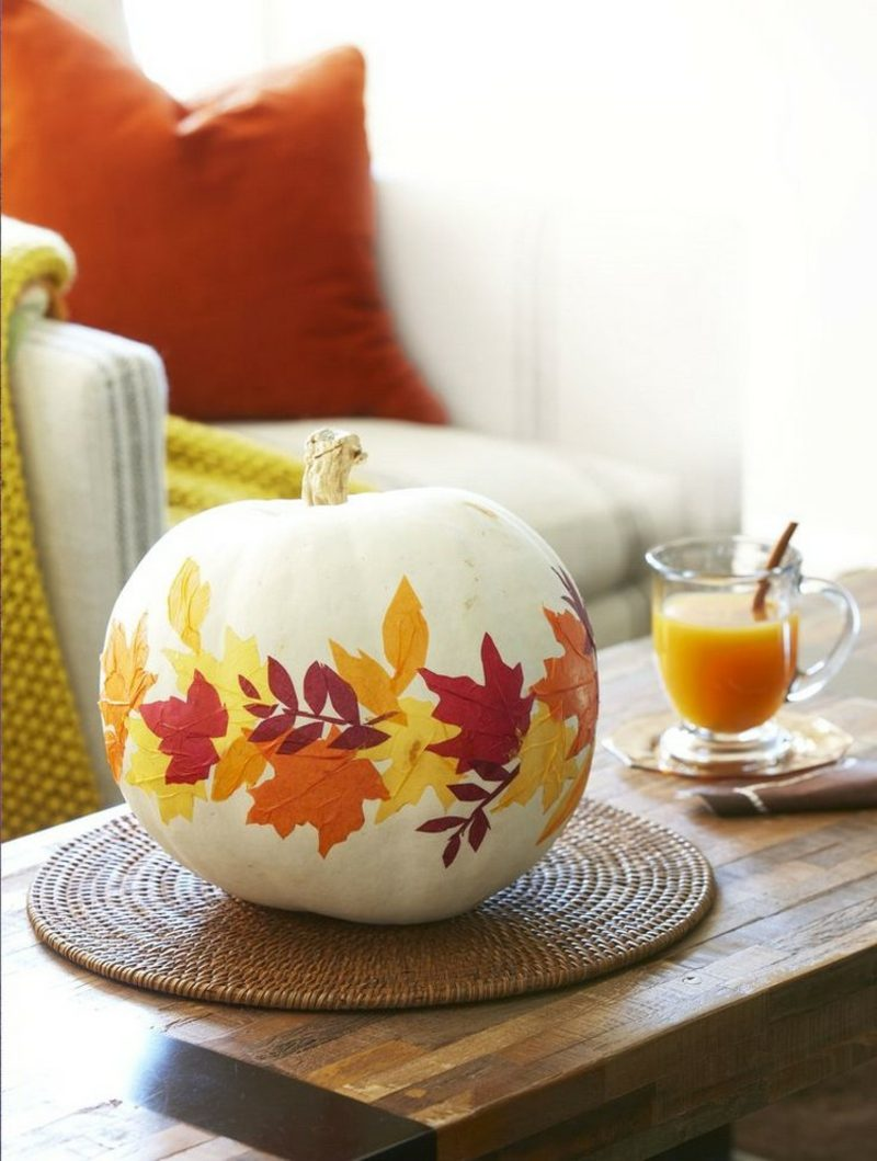 Basteln mit Kindern Herbst Kürbis verzieren