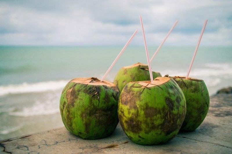 Kokoswasser Getränk isotonisch