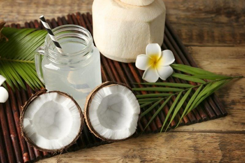 Getränk isotonisch Kokosnusswasser