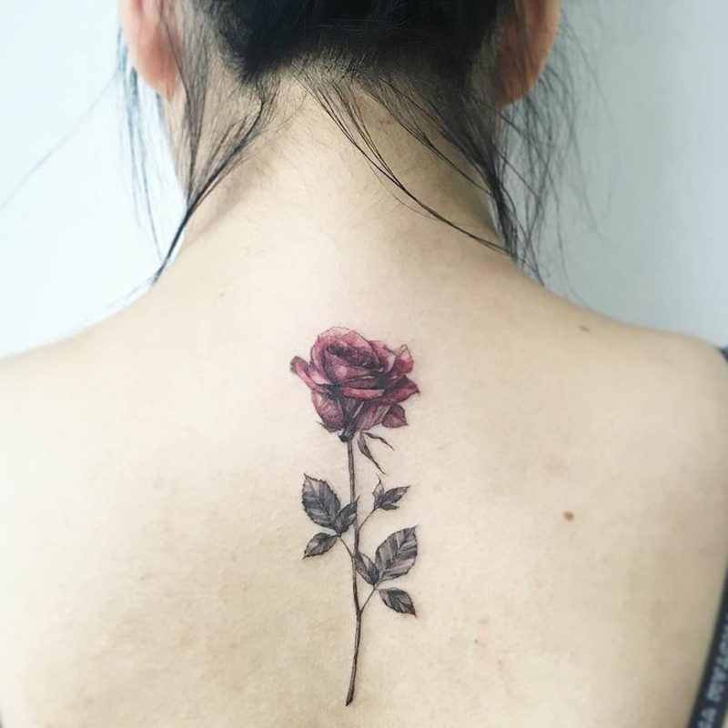 Tattoo Aquarell rote Rose Frau