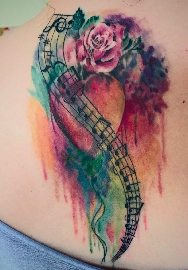 Aquarell modern Tattoo Frau