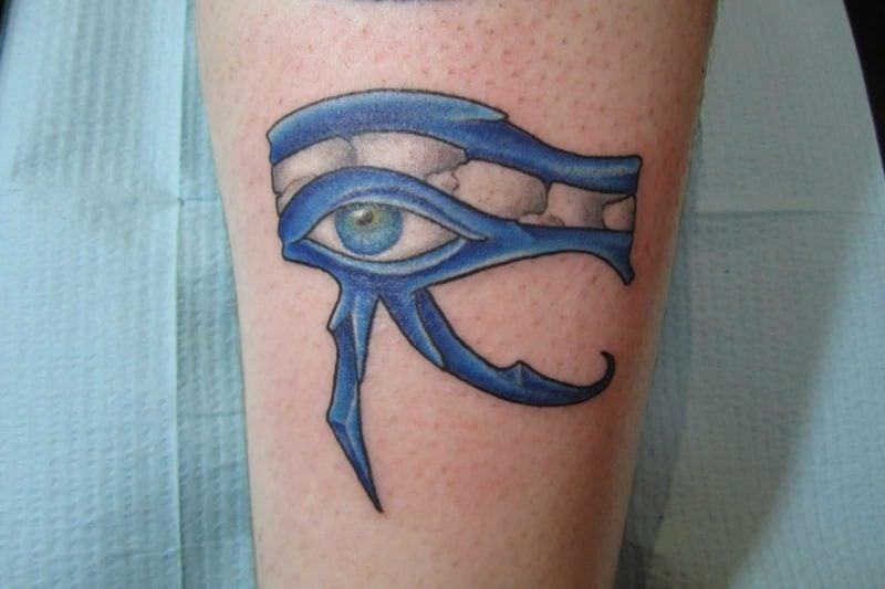 blaues horusauge tattoo