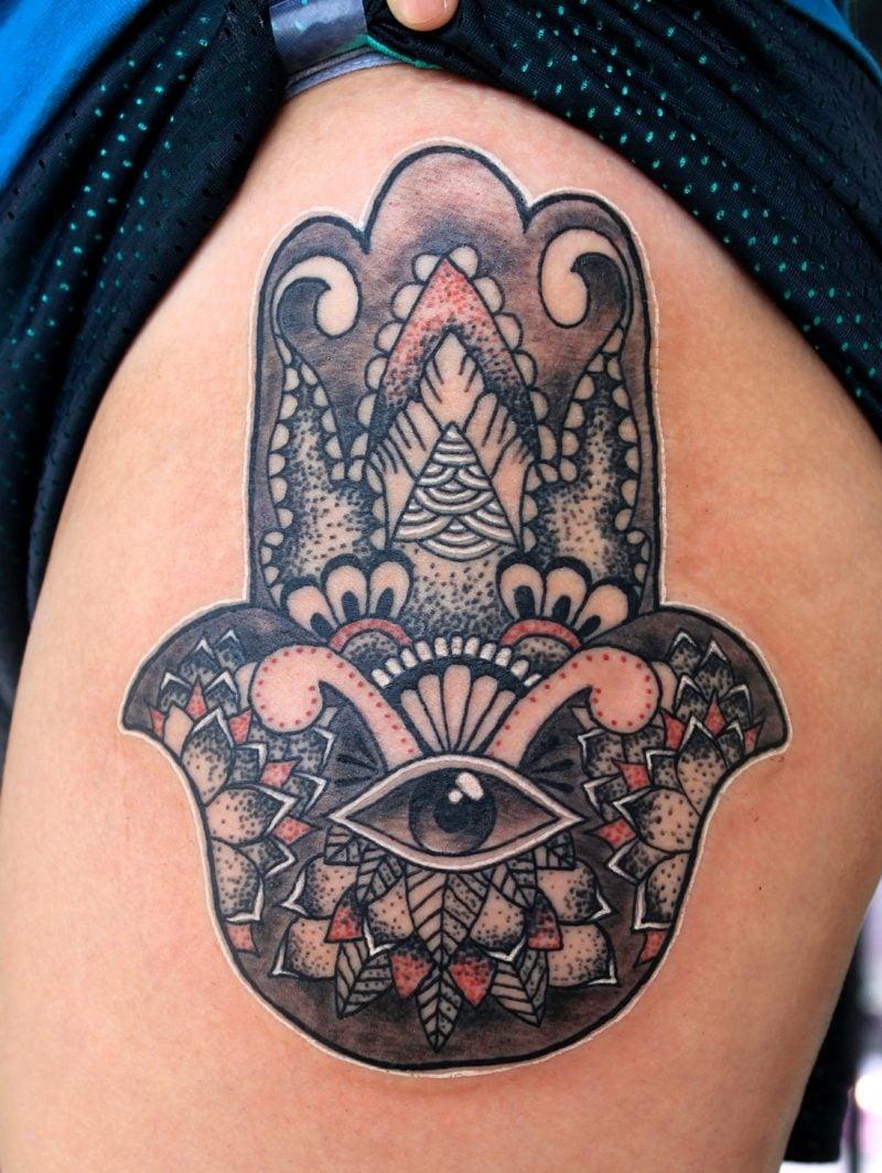 augen tattoo schutz talisman