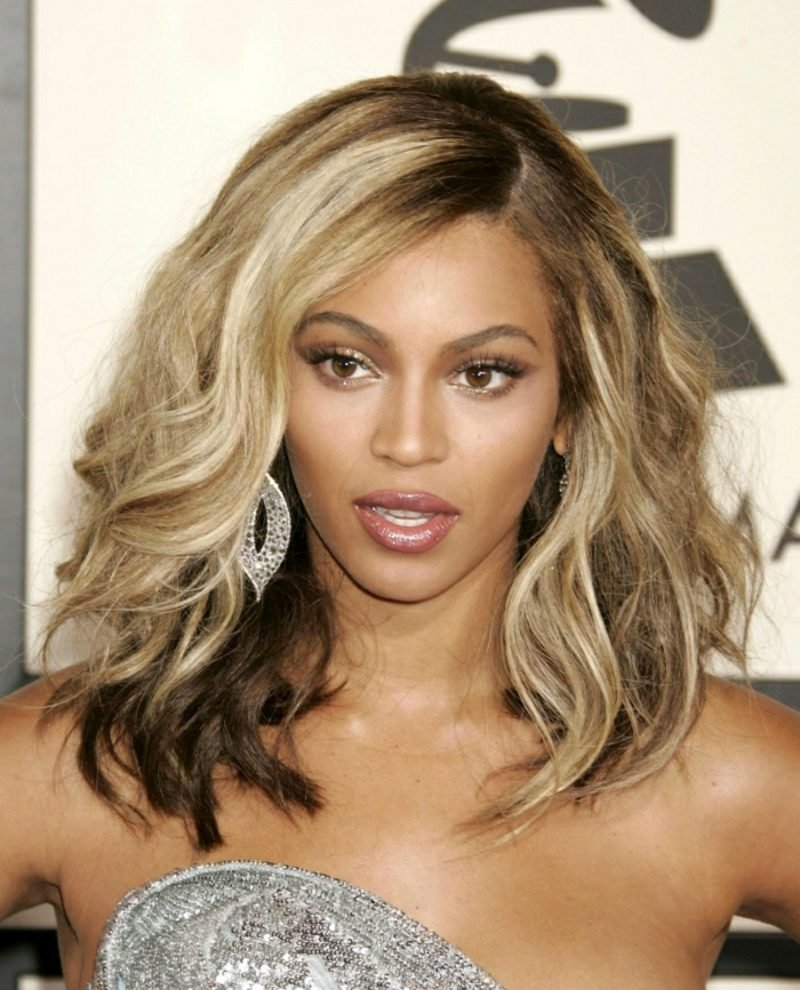 blonde Haare dunkle Haut Beyonce