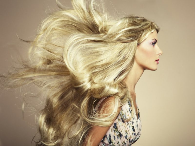 blonde Haare trendige Nuancen Weizenblond