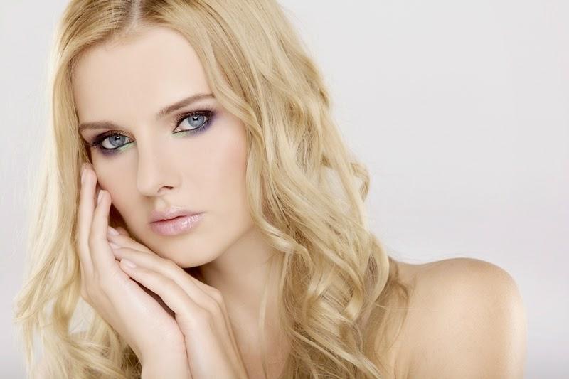 Blondtöne nach der Hautfarbe