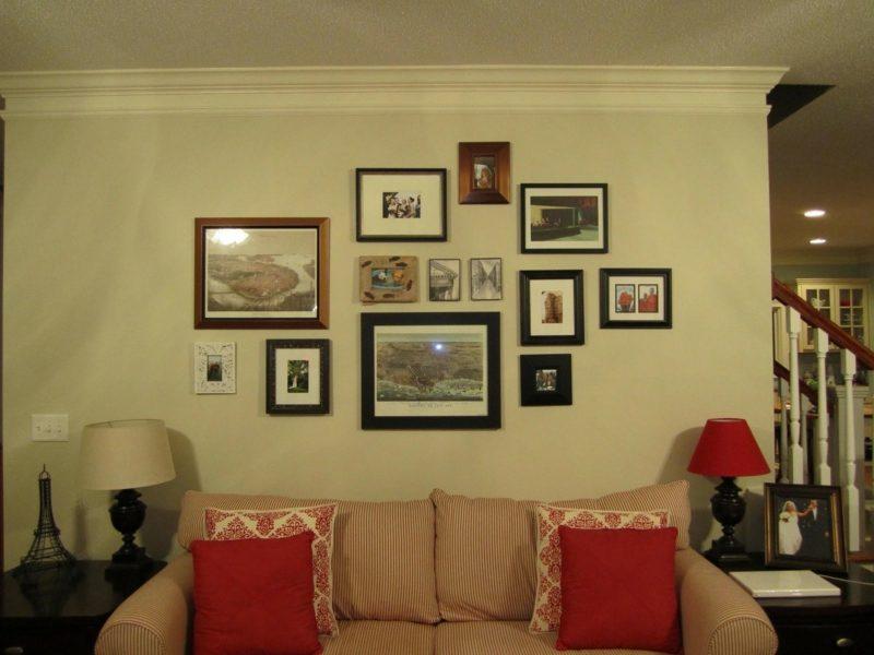 fotos im wohnzimmer aufhängen