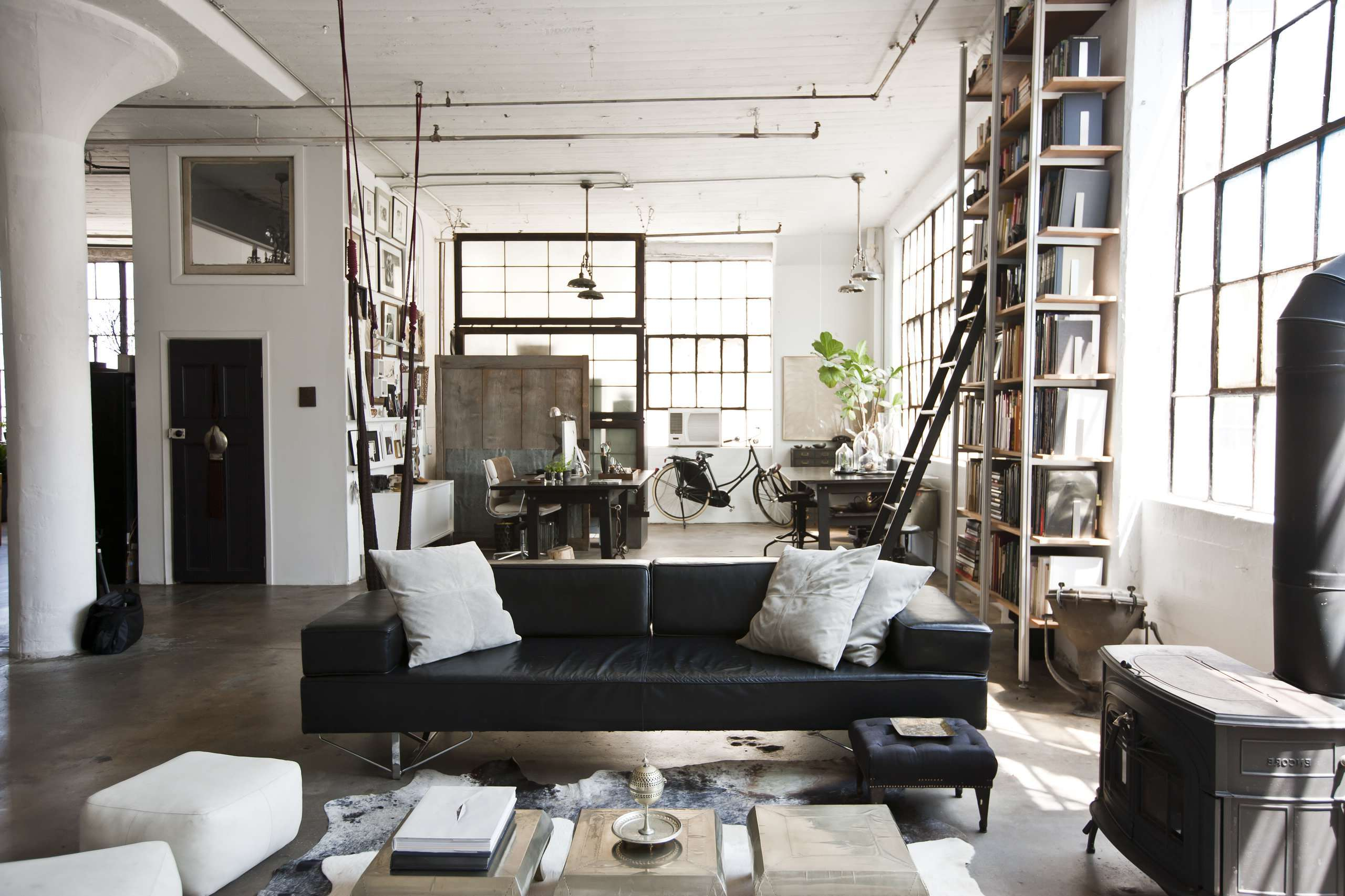 industrial chic wohnzimmer. Black Bedroom Furniture Sets. Home Design Ideas