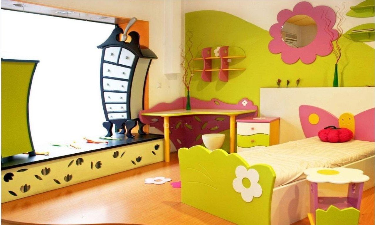 Märchenhaftes Kinderzimmer für eine kleine Prinzessin