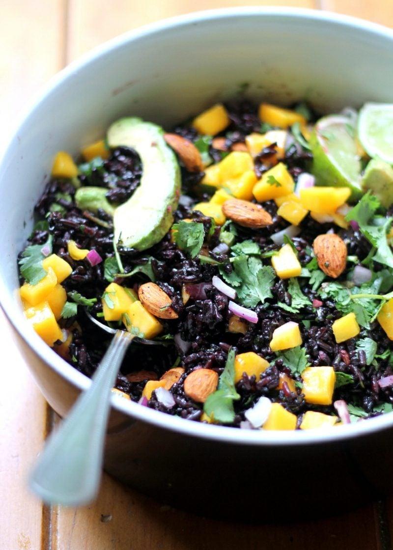 dunkler Reis Rezepte salat
