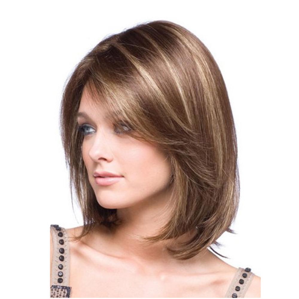Mittellanges Haarschnitt mit Strähnen