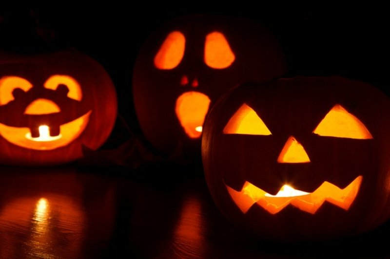 Kürbisse schnitzen zu Halloween Anleitung