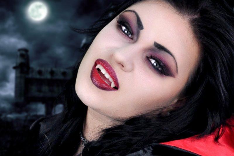 Schminken Halloween Vampir Frau