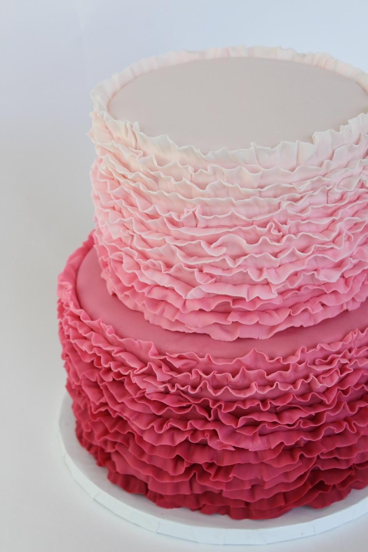 Zarte Ombre Torte in Pink