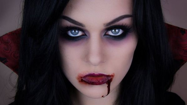 Halloween Kostüm vampir passendes make-up