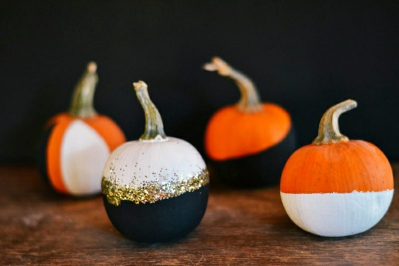 Halloween Kürbis schnitzen und bemalen