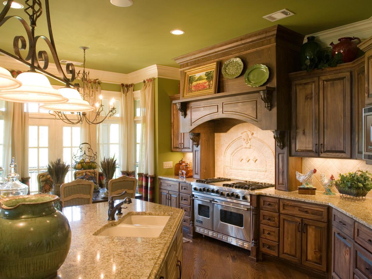 Modern und grün - tolle Küche im Landhausstil