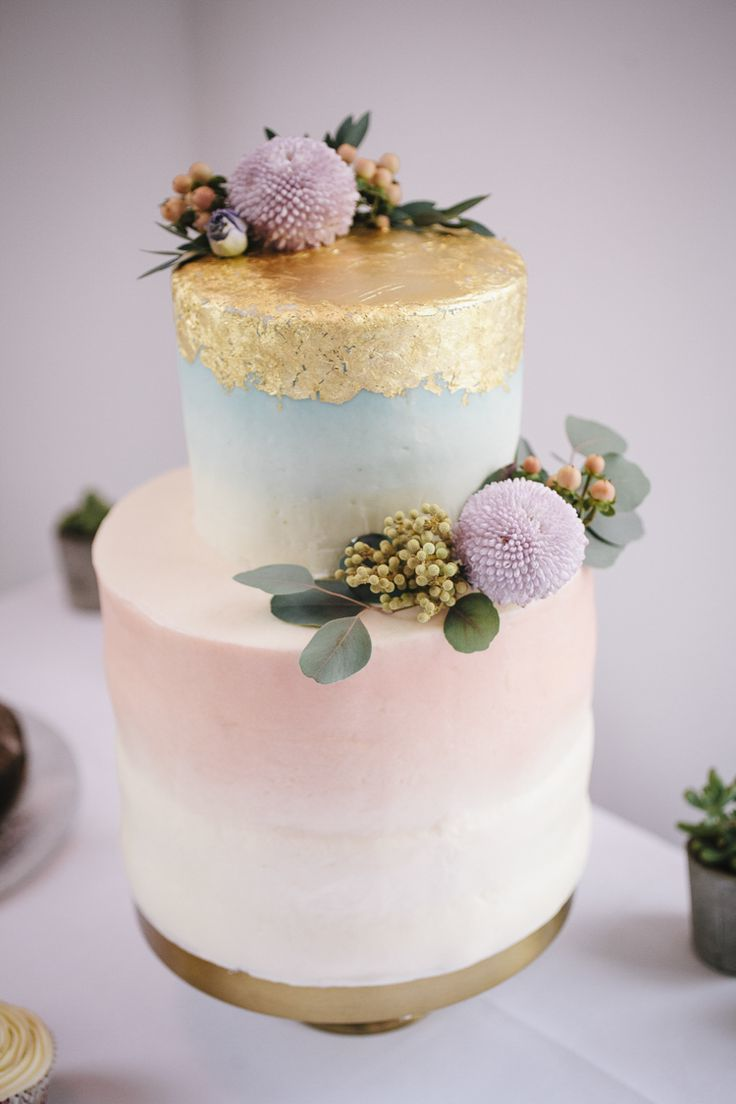 Ombre mit Gold - Edle Torte für besonderer Anlass