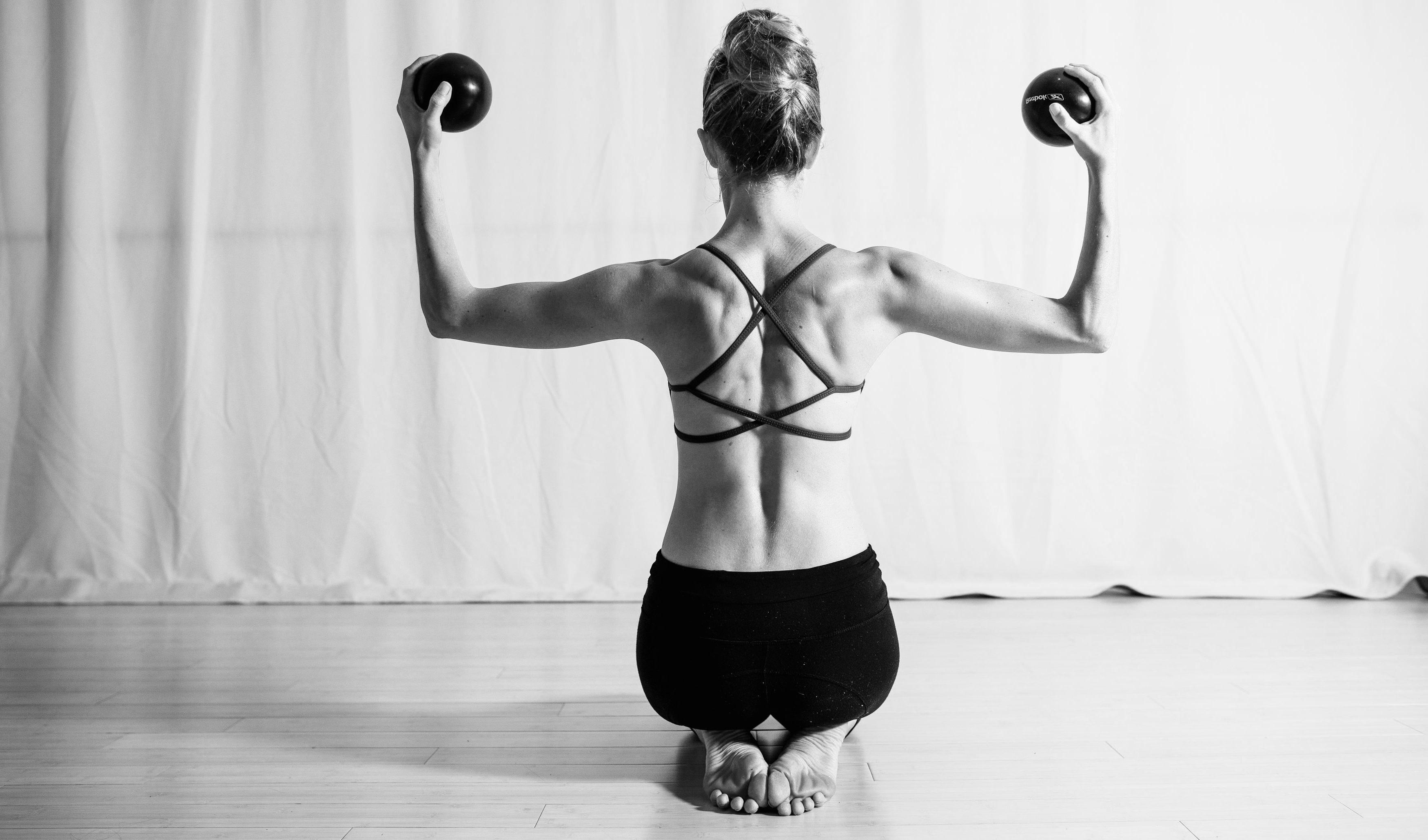 Straff und Gesund mit Pilates-Übungen