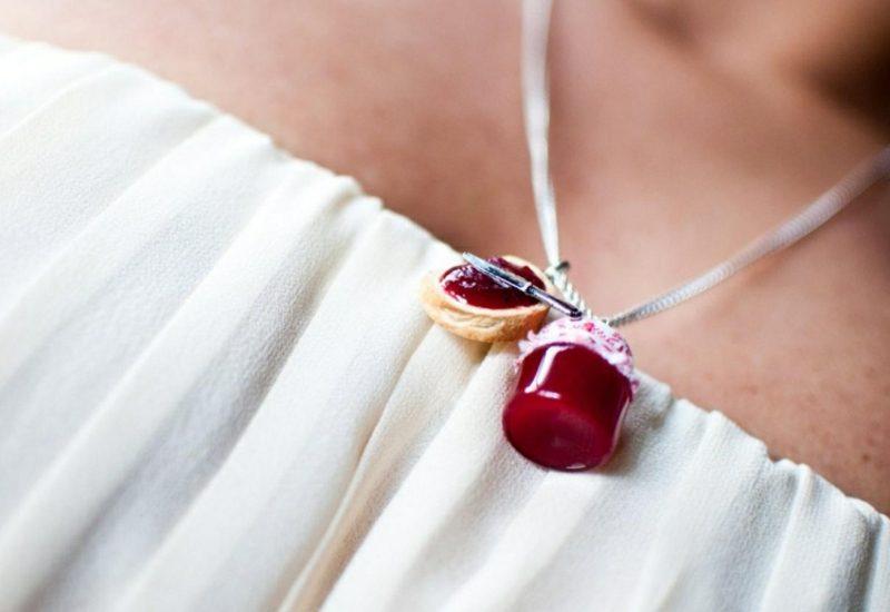 Schmuck basteln herrliche Halskette Marmeladenglas