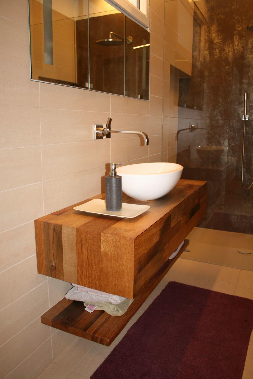 Holz mit Stein-perfekte Kombination