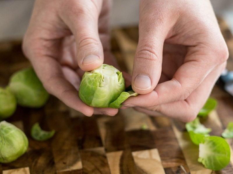 Rosenkohl gesund das Wintergemüse zum Kochen vorbereiten