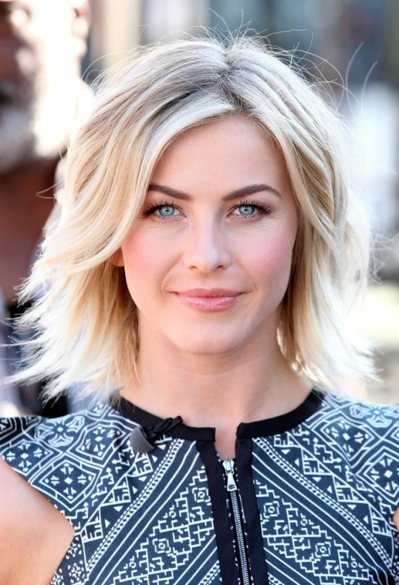 Long Bob Blond moderne Frisuren