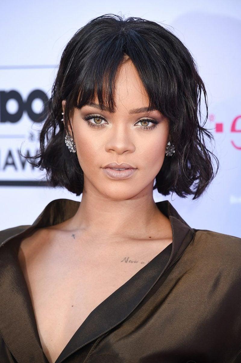 Bob Haarschnitt mit Pony Rihanna