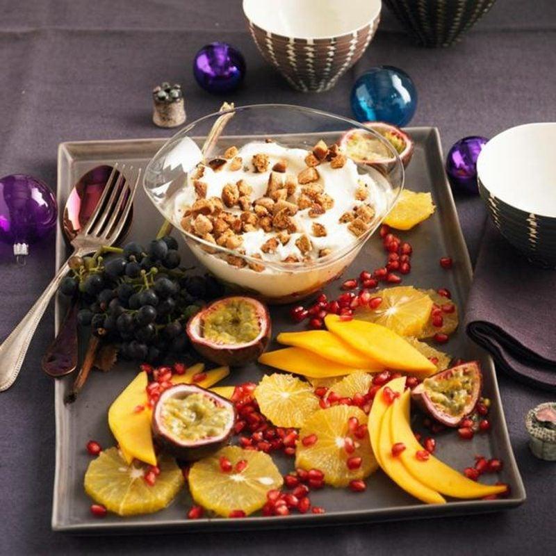 Weihnachtsdessert Obstsalat mit Quarkcreme