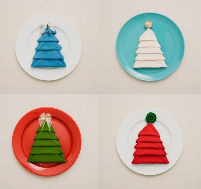 Servietten falten zu Weihnachten Weihnachtsbaum