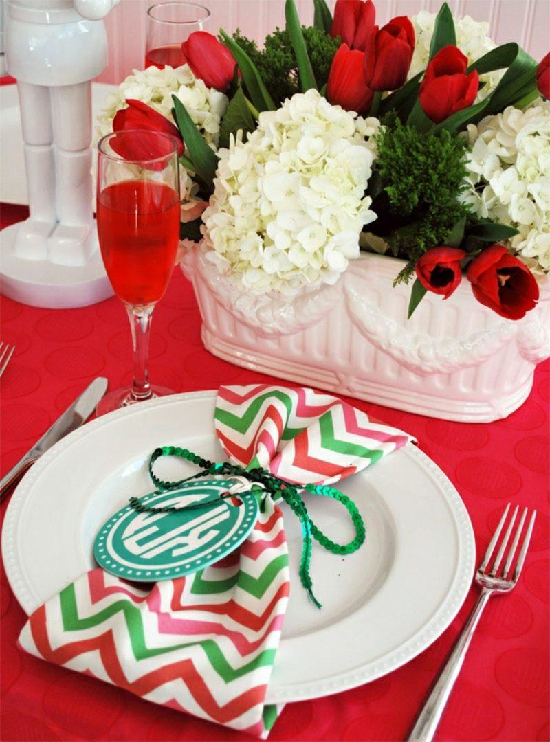Servietten falten zu Weihnachten selber gemachte Serviettenringe