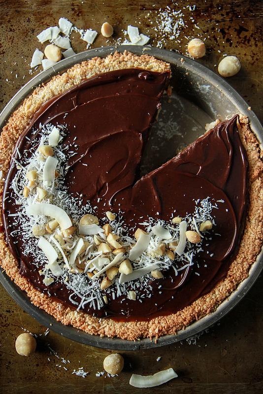Vegane Kokos-Macadamia Torte