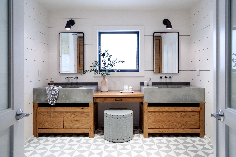 badezimmerm bel f hlen sie sich wohl in ihrem wellness. Black Bedroom Furniture Sets. Home Design Ideas