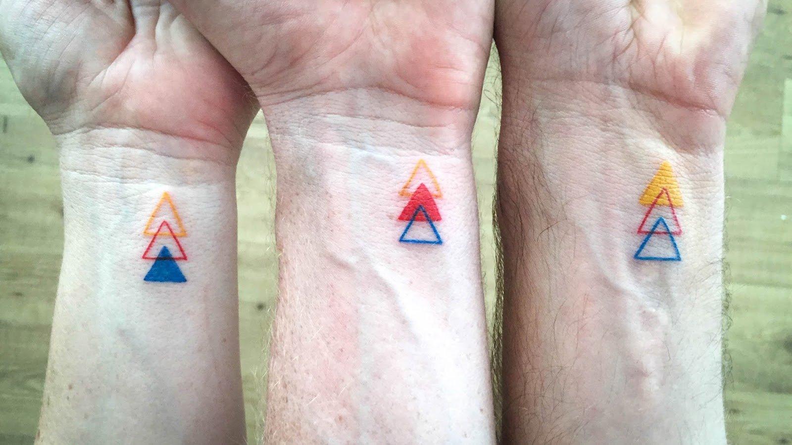 Geschwister Tattoo Minimalismus