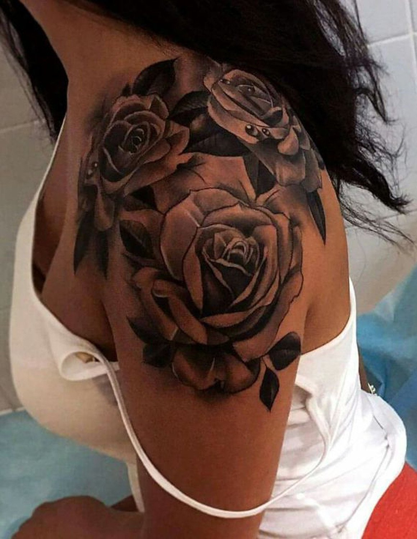 Die Rose ein sehr beliebtes Tattoo - Motiv