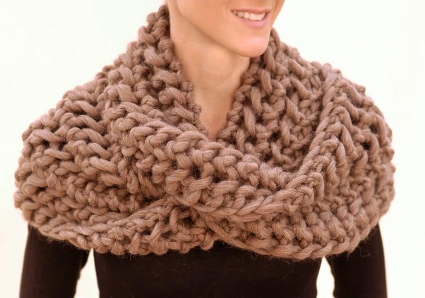 Ein Damenschal kann Ihr Winter-Outfit aufpeppen.