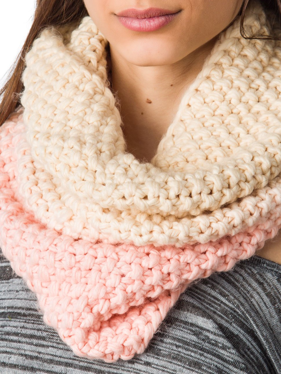 Viele Ideen für einen zweifarbigen Oversized Schal