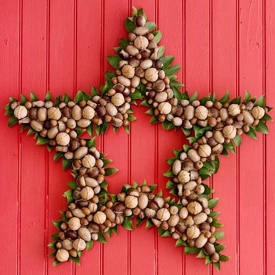 Total kreativ - Weihnachts-Türkranz-sternförmig mit Nüssen dekoriert