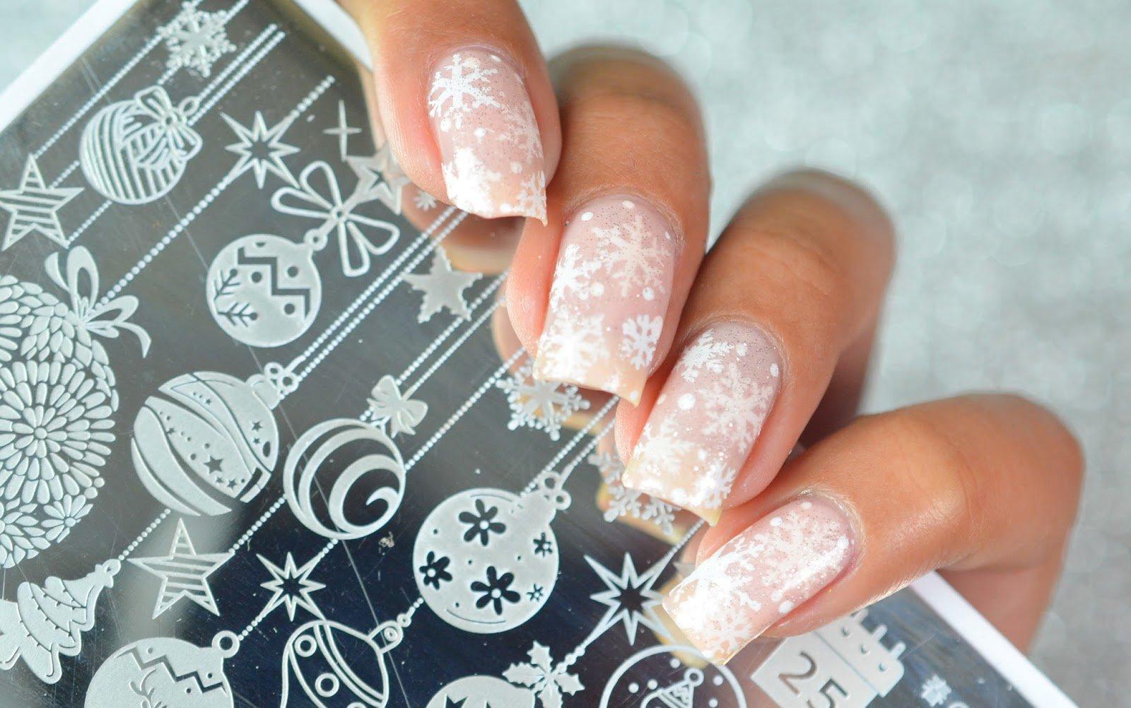 Genial Weihnachts Nägel Rot Foto Von Bilder Diy Anleitung Für Weihnachtnägel Mit Schneeflocke