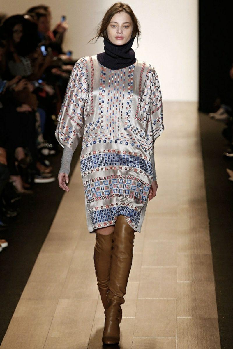 Hippie Kleid Winter Lederstiefel