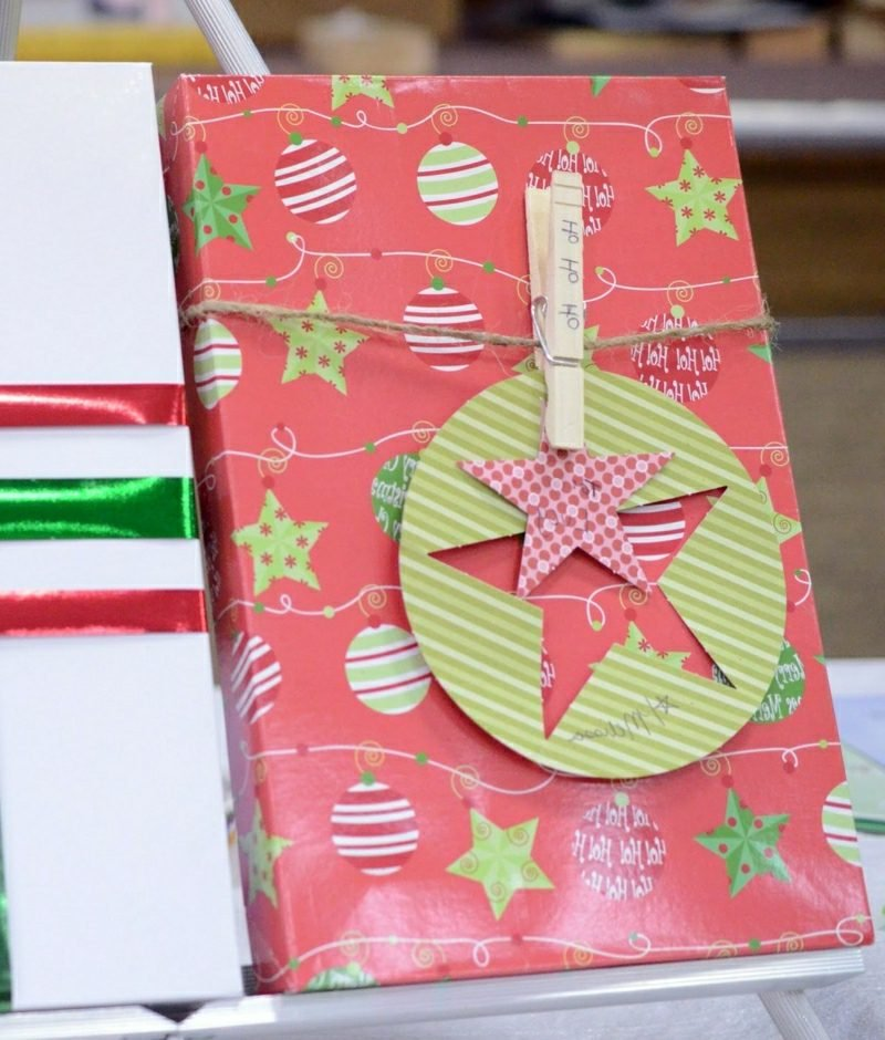 Geschenke verpacken und dekorieren Wäscheklammer