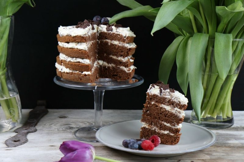 Sallys Rezepte Naked Cake mit Beeren und Schokolade